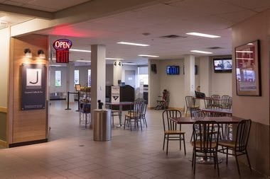 Javaroma Gourmet Coffee And Tea Yellowknife Airport - Arrivals Hall - Interior - 006